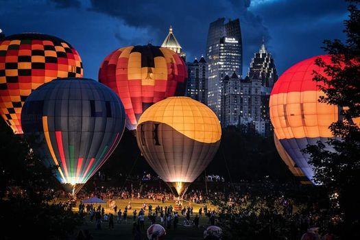 Charleston Balloon Glow