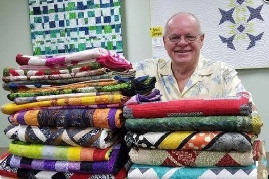 3 Dudes Quilting Designs Trunk Show with Ray Steeves