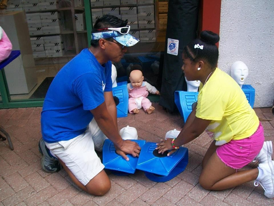 Community CPR and\/or Basic First Aid (Blended Learning)