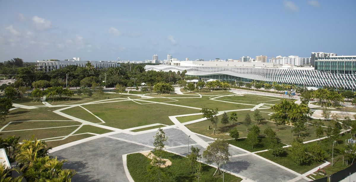 Walks & Talks 2021: Miami Beach Cultural District with West 8