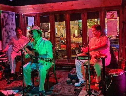 Samba Friday with Rafael Pond\u00e9 trio