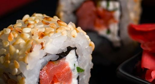 Make Your Own Sushi Class - Streeterville